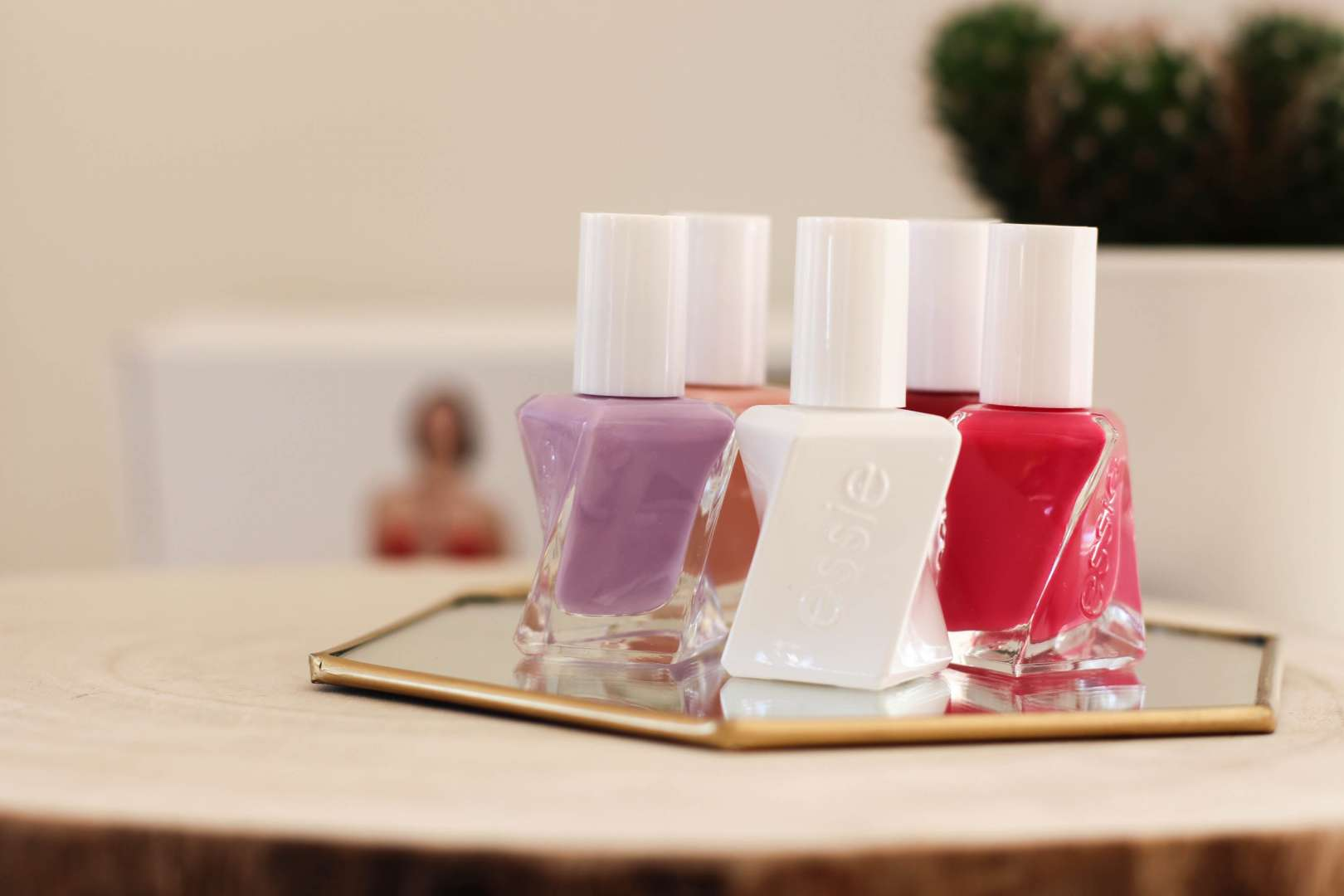 I put Essie Gel Couture line to the test! - MADE BY F.