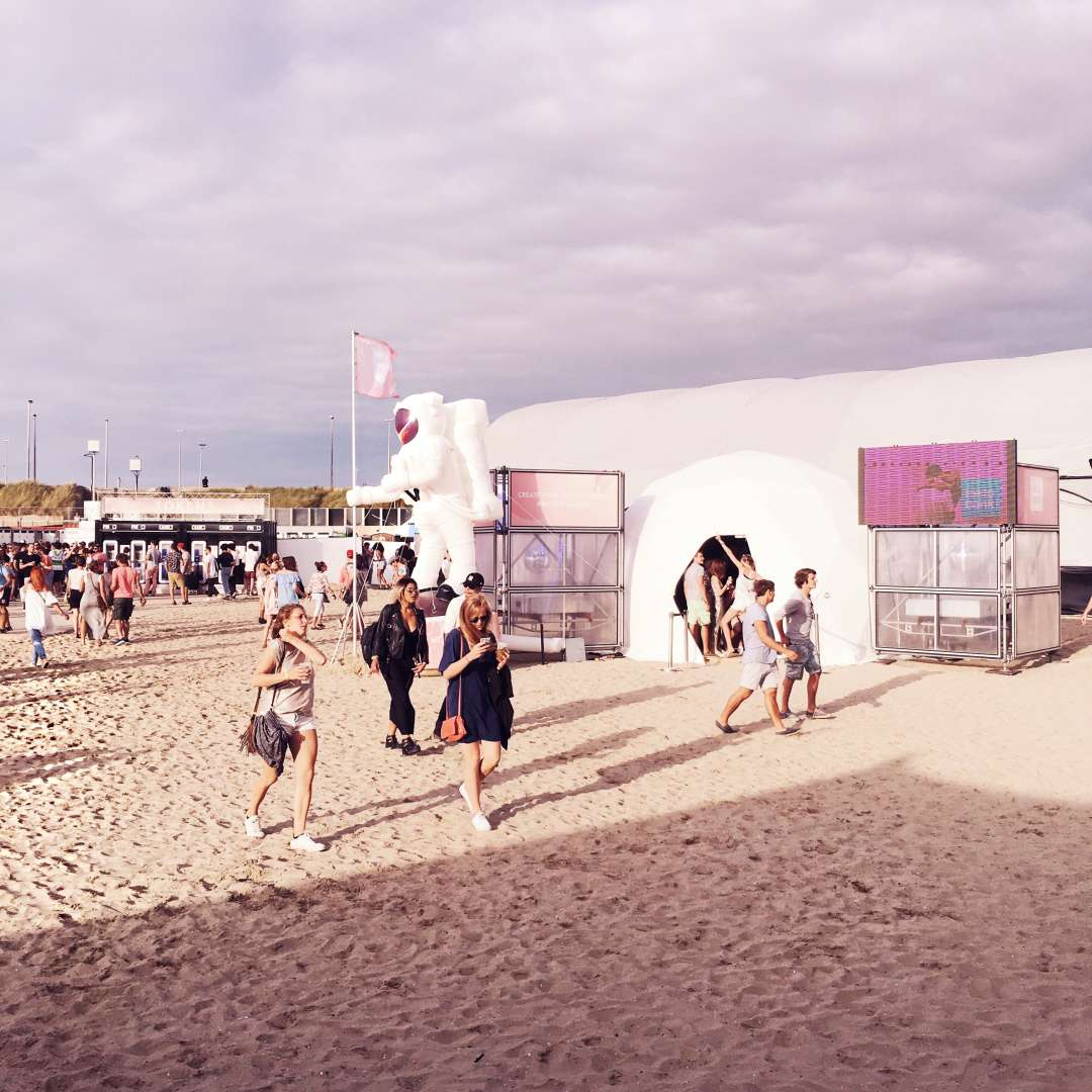we can dance 2016 festival beach plage zeebrugge zeebruges belgium belgique zalando redken cosmos space