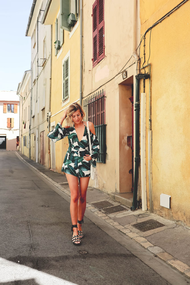 made by f belgian blogger missguided asos tropical vibes outfit summer look combi playsuit aix en provence